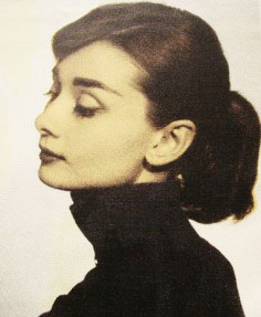 audrey-hepburn-turtleneck